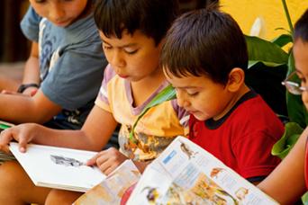 Apprentissage de la lecture dans une école