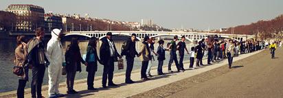 Une chaîne humaine entre Lyon et Avignon pour sortir du nucléaire