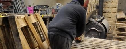 Se chauffer au bois... avec des palettes !