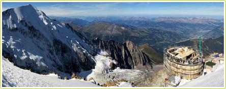 Le nouveau refuge du Goûter perché à 3835 mètres d'altitude - ©Charpente Concept