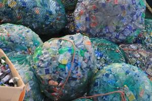 plastic-631625_640